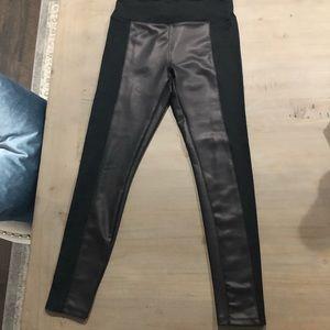 Express Faux leather leggings M